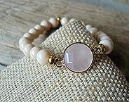 Bracelet médaillon quartz rose et perles pastel, bracelet quartz rose, bracelet original, bracelet créateur, b