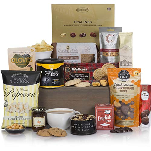 Bearing Gifts Hamper - Hampers &...