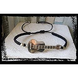 Pulsera en macrame con guitarra, hecha a mano, artesanal, unisex
