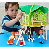 Toys of Wood Oxford Wooden Doll House / Tree House with Furniture, Dolls and Accessories