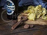 Flaschenöffner mit 1 x Kronkorken/Bottle Opener with 1 x Bottle Cap Handmade 100% handgefertigt aus belgischer Zartbitter-Schokolade Barry Callebaut (24g)