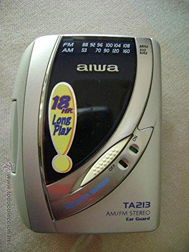 AIWA WALKMAN TA213 SUPER BASS PERSONAL CASSETTE RADIO / PLAYER CON AM / FM (artículo coleccionable)