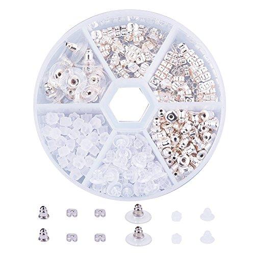 Kunststoff-würfel (PandaHall Elite 1 Kasten Messing Kunststoff Wuerfel Ohrstopper Ohrring Stopper Verschlusse für DIY Schmuck 5 Stile)