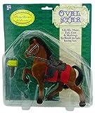 Braunes beflocktes Spielzeug-Pferd mit Mantel und Bürste - hübsche Pferdeansammlung