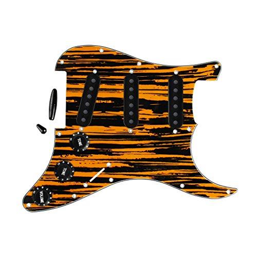FLEOR Gitarre Pickguard SSS Style Schlagbrett mit Schwarz Gitarre Teile Pickup-Kappen (52mm) 2t1V Knöpfe & Tipps für Stratocaster Ersatz 4 ply, Tawny Stripe (Schwarz Stratocaster Pickup Covers)