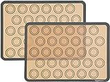 AmazonBasics - Tapete de silicona para hornear macarons, juego de 2 unidades