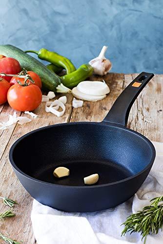 BRA Efficient Sartén honda 28 cm, aluminio fundido con antiadherente Platinum Plus, apta para todo tipo de cocinas incluida inducción, libre de PFOA,