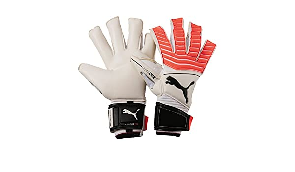 0739aa60393e One Grip 17.1 Goalkeeper Gloves - White/Fiery Coral/Black: Amazon.co.uk:  Clothing