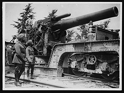 POSTER Maharaja of Patiala visits the Western Front The gun itself dominates picture and dwarfs men who are standing around it. There is a piece sky top tree Scotland Wall Art Print A3 replica