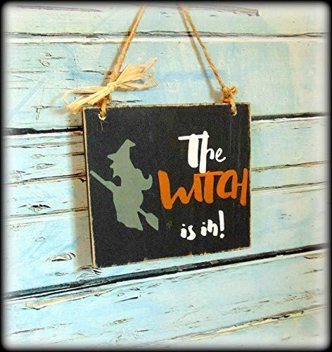 JeremyHar75 Holzschild zum Aufhängen, lustiges Halloweenschild, Hexe ist in Halloween, Dekoration, Vordertürschild, Trick or Treat, rustikales Herbstdekoration, Primitive Sign