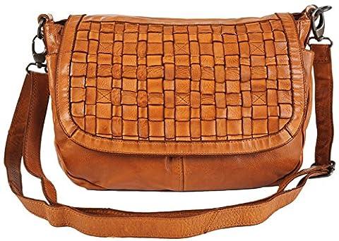 GIANNI CONTI Medium Tan Italian Leather Flap Saddle Patchwork Handbag 4503836 (Tan)