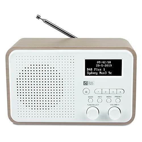 Ocean Digital DB332 DAB/DAB + / FM-Radio mit Lautsprecher, AUX-IN, Audio Out, Kopfhöreranschluss, bis zu 40 voreingestellten Sendern, Holzgehäuse (Nussbaum) (Clock Große Radio Taste)