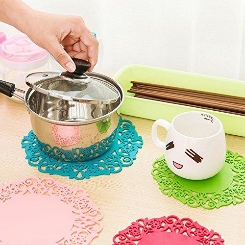 Ruimin Diamètre 15 cm en Dentelle Fleur Creux napperons Table Basse Verre Silicone Tasse Tapis Pad Set de Table Accessoires de Cuisine