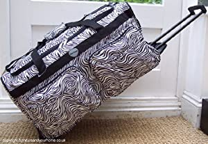 Travel Holdall 85 liters 2.5 kgs Bag On Wheels Animal print Black White Zebra trolley wheeled Luggage
