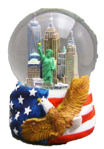 new-york-city-skyline-globe-de-neige-peinte-a-la-main-avec-drapeau-americain-et-aigle-a-tete-blanche
