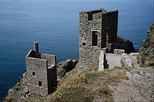 809080-engine-houses-of-botallack-mine-near-st-oust-cornwall-uk-a4-photo-poster-print-10x8