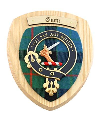 gunn-con-texto-en-ingles-con-el-escudo-del-clan-madera-woodem-placas-clan-diseno-de-cuadros