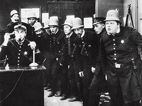 Artland Poster oder Leinwand-Bild fertig aufgespannt auf Keilrahmen mit Motiv Filmszene In den Fängen der Gang, 1914 Film & TV Stars Fotografie Schwarz/Weiß C4JZ