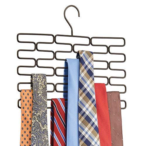 MetroDecor mDesign Portacravatte – Pregiato appendino Cravatte con Ben 23 Comodi Scomparti – Pratica gruccia appendi Cravatte per conservare in Modo ordinato Le tue Cravatte – Bronzo