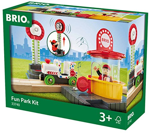 Brio GmbH 33740 BRIO 33740-Fun Park Spiel-Set, Stadtleben