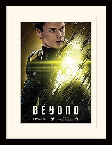 (Star Trek Außerhalb Chekov montiert und gerahmt Print, Mehrfarbig, 30x 40cm)