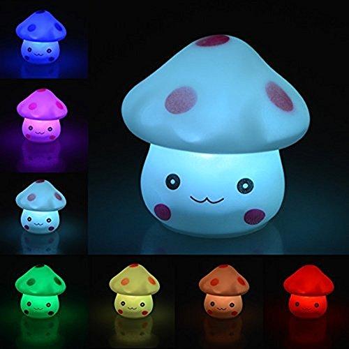 Descripciones:1) cómodo luz de noche:La Lovely seta LED luz de noche ofrece un acogedor, cálido y ocio iluminación experiencia. Se ayuda a luz el camino para su pequeño durante la hora de acostarse o Scary sueños infantiles.2) 7cambio de color de f...
