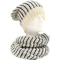 """Scaldacollo/sciarpa ad anello e berretto """"rasta"""" a maglia. Bicolor, Made in Italy, Unisex. Col. Panna con cuciture col. Nero."""