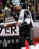 Justin Williams with the Conn Smthye Trophy Game 5 of the 2014 Stanley Cup Finals Photo Print (40.64 x 50.80 cm)