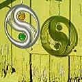 Edelstahl Windspiel - YINYANG - Abmessung: Ø30cm, Kugeln: 2xØ5cm - inkl. Aufhängung und Glaskugeln von Colours in Motion bei Du und dein Garten