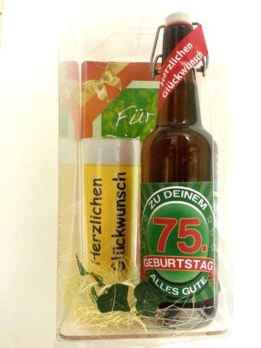 t Bier Geschenk zum 75. Geburtstag das bei Frau und Mann immer gut ankommt, Bierflasche mit Etikett, Glas Bierkrug und Geschenk Postkarte ()