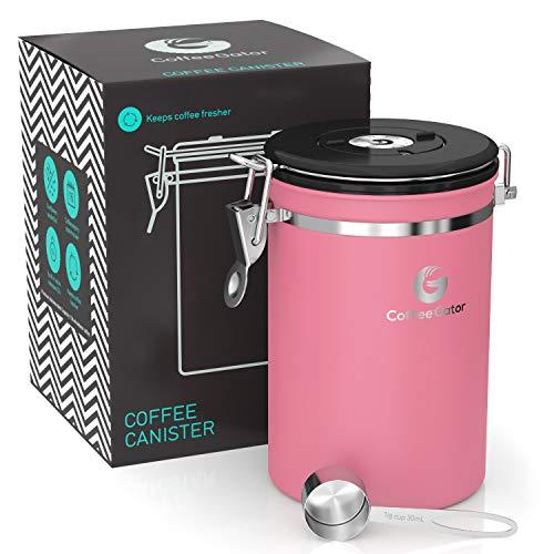 Coffee Gator-Edelstahl-Kaffeedose - Hält gemahlener Kaffee und Bohnen länger frisch - Behälter mit Datumsverfolgung, CO2-Freigabeventil und Messlöffel - Groß - Rosa