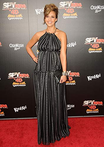Jessica Alba (Wearing A Dress By Dolce & Gabbana) At Arrivals For World Premiere Of Spy Kids: All The Time In The World In 4D, Regal Cinemas L.A. Live, Los Angeles, Ca July 31, 2011. Photo By: Dee Cercone/Everett Collection Photo Print (20,32 x 25,40 cm)