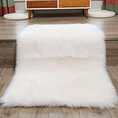 Faux Lammfell Schaffell Teppich 50 x 150 cm Nachahmung Wolle Wohnzimmer Teppiche Lange Fell Flauschig Weiche Schaffell Bettvorleger Matte (Weiß)