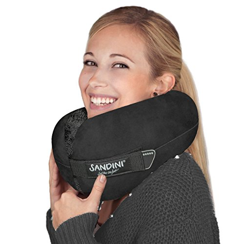 SANDINI TravelFix Regular Size – Premium Reisekissen mit Verschluss/Nackenkissen mit ergonomischer Stützfunktion – Gratis Transporttasche mit Befestigungs-Clip