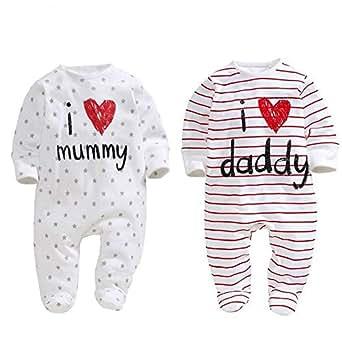 """AOMOMO, 2 tutine per neonati, unisex, chiuse ai piedi, con scritte in lingua inglese """"I Love Mummy"""" e """"I Love Daddy"""" 2pack 3 Month"""