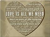 """Creative Tops - Tagliere in vetro temperato, sagomato a cuore, decorazione: """"Love is all we need"""""""