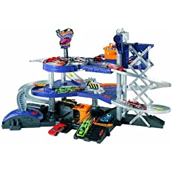 Hot Wheels - Parking con ascensor y dos catapultas (Mattel V3260)