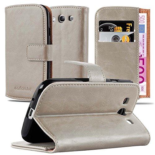 Preisvergleich Produktbild Cadorabo Hülle für Samsung Galaxy S3 / S3 NEO - Hülle in Cappucino BRAUN – Handyhülle im Luxury Design mit Kartenfach und Standfunktion - Case Cover Schutzhülle Etui Tasche Book