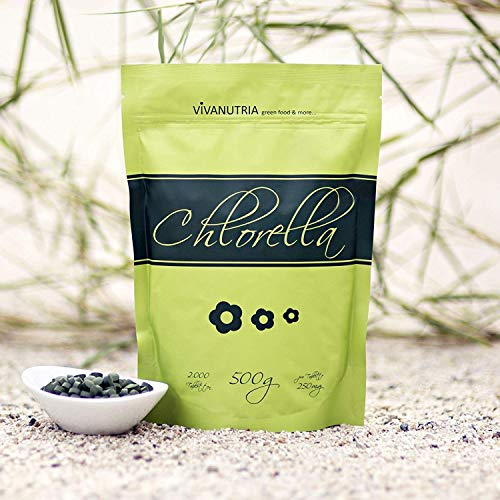VivaNutria, 500g Chlorella Presslinge, 2000 Tabletten á 250mg, Algen Tabs, ohne Zusätze, 100% rein und natürlich, aus kontrolliertem Anbau, laborgeprüft, schonende Verarbeitung mit niedrigen Temperaturen, Rohkostqualität, für Smoothies, vegan -