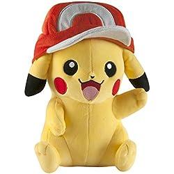 TOMY Pokemon t18981(25,4cm), diseño de Pikachu de Peluche con Gorro de Ash.