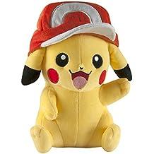 Pokemon t18981(25,4cm), diseño de Pikachu de peluche con gorro de Ash.