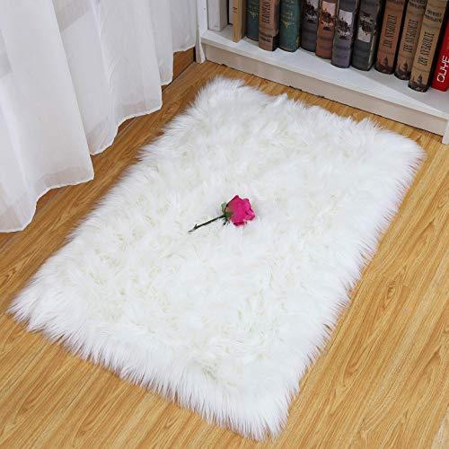 HEQUN Faux Lammfell Schaffell Teppich, Kunstfell Dekofell Lammfellimitat Teppich Longhair Fell Nachahmung Wolle Bettvorleger Sofa Matte (Weiß, 75 X120 cm)