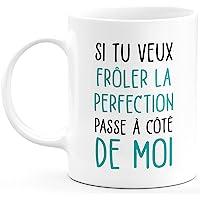 quotedazur Mug Frôler La Perfection - Cadeau Collègue Retraite - Idée Cadeau Original, Humour Femme - Tasse Couple Saint…