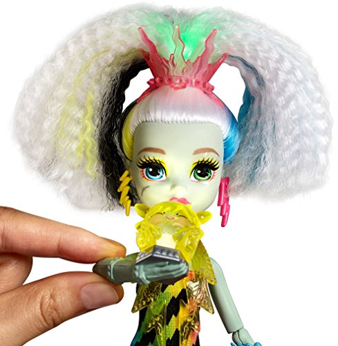 Image of Monster High DVH72 Electrified Voltage Frankie Stein Doll