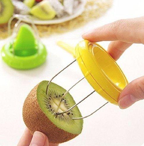 Uchic 2St Sch�ler 2-in1-Kiwi Kiwi Cutter kreative Werkzeuge Obst K�chenhelfer f�r K�chenhelfer liefert zuf�llige Farbe