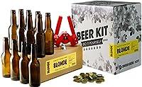 Le Beer Kit contient tous les ustensiles du brasseur, à savoir : - 1 manuel de brassage de 12 pages avec les instructions complètes - 1 fourquet (spatule) - 1 dame-jeanne en verre de 5L - 1 bouchon en caoutchouc troué - 1 barboteur (contrôle des écha...