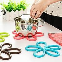 MZMZ-generic Gourmet Küche Ideen-Wärmedämmung gadget Pflaumen-förmige mat rutschfeste Matten Matten PVC-Tisch Küche Wohnzimmer hochwertige Achterbahnen, braun