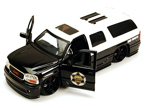 gmc-yukon-denali-state-trooper-suv-black-white-jada-toys-heat-96367-1-24-scale-diecast-model-toy-car