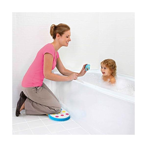 Munchkin Dandy Dots Bath Kneeler 5