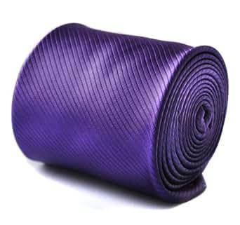 Frederick Thomas plain cadbury purple tie with signature floral design to rear
